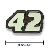 Pin «42» | Schwarzer Nickel, weiß leuchtend